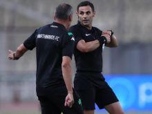 Παναθηναϊκός - Ολυμπιακός: Ο έξαλλος Δώνης έστειλε τον Κομίνη πίσω στο VAR
