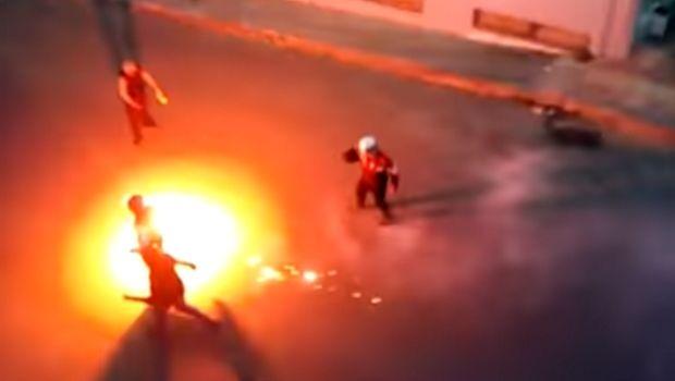 Καρέ-καρέ η συμπλοκή οπαδών - αστυνομίας πριν το ΟΦΗ - Ολυμπιακός (VIDEO)