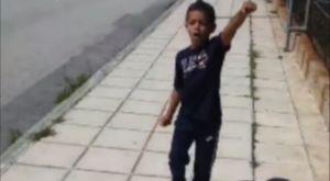 Ο μικρός γιος του Βαρέλα τραγουδά σύνθημα του ΠΑΟΚ