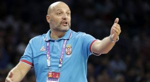 Με NBAers και Μιλουτίνοβ στα «παράθυρα» η Σερβία