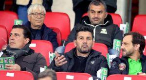Φαβορί ο Ουζουνίδης για Εθνική, εναλλακτικό πλάνο με Δέλλα και ομάδα του 2004