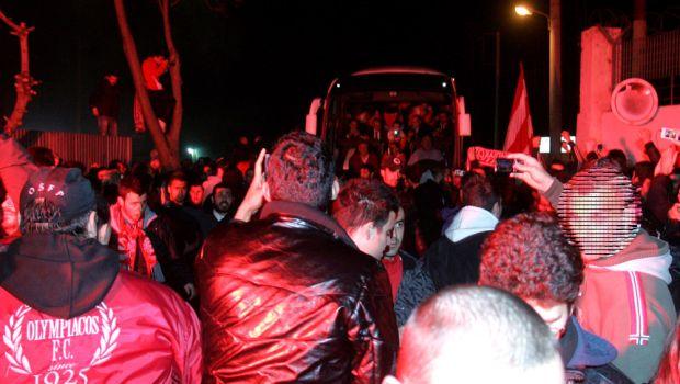 Στου Ρέντη οι οπαδοί πριν την αναχώρηση για το ΟΑΚΑ