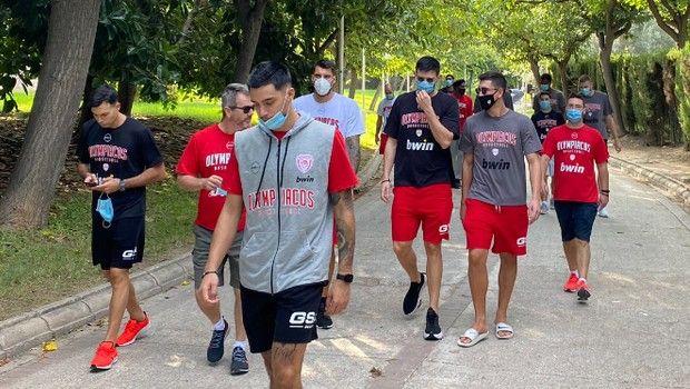 Ολυμπιακός: Πρωινός περίπατος στην Βαλένθια πριν το φιλικό με την Βιλερμπάν