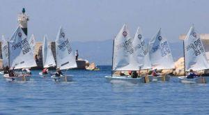 """Προηγούνται οι Έλληνες στο """"29ο Athens international sailing week"""""""