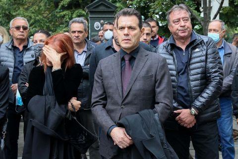 Ο Δημήτρης Ιτούδης στην κηδεία του Ντούσαν Ίβκοβιτς