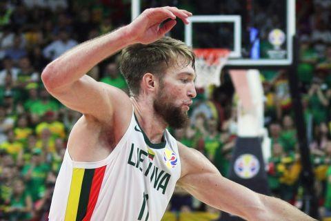 Λιθουανία - Πολωνία 88-69: Σαμπόνις και Βαλαντσιούνας εναντίον Ντόντσιτς για την πρόκριση στους Ολυμπιακούς