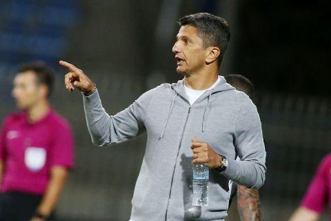 Ο Ραζβάν Λουτσέσκου σε ματς του ΠΑΟΚ κόντρα στον Αστέρα Τρίπολης για την Super League   19 Σεπτεμβρίου 2021