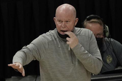 Ο πρώην προπονητής των Ορλάντο Μάτζικ, Στιβ Κλίφορντ