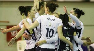 Volleyleague γυναικών: Πέρασε και από την Μίκρα ο ΑΟ Θήρας, 3-1 τον ΠΑΟΚ