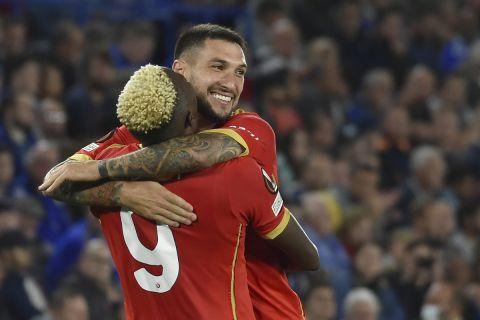Οι Όσιμεν και Πολιτάνο πανηγυρίζουν γκολ της Νάπολι κόντρα στην Λέστερ στο Europa League   16 Σεπτεμβρίου 2021