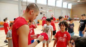 """Ολυμπιακός: Στο """"Summer Workout"""" των Ακαδημιών ο Κόνιαρης"""