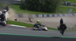 Σοκαριστικό ατύχημα στο MotoGP: Άγιο είχε ο Βαλεντίνο Ρόσι