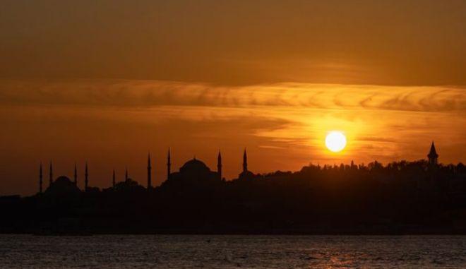 Πέθανε ο τελευταίος κληρονόμος του θρόνου της Οθωμανικής Αυτοκρατορίας