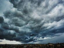 Πελοπόννησος, Λάρισα, Κρήτη και Ρόδος, θα χτυπηθούν σφόδρα από την κλιματική αλλαγή προειδοποιεί ο καθηγητής Νίκος Μιχαλόπουλος