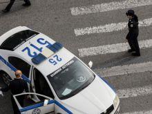 «Τι κοιτάτε ρε»: Ληστρικές επίθεσεις σε ανήλικους στην Αργυρούπολη - Στα χέρια της ΕΛ.ΑΣ τρεις 16χρονοι