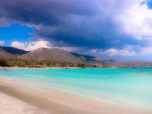 TripAdvisor: Τέσσερις ελληνικές παραλίες στις 25 καλύτερες της Ευρώπης για το 2021