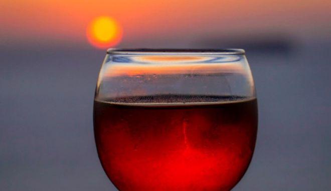 Οι New York Times διαλέγουν τα 12 καλύτερα κόκκινα Ελληνικά κρασιά