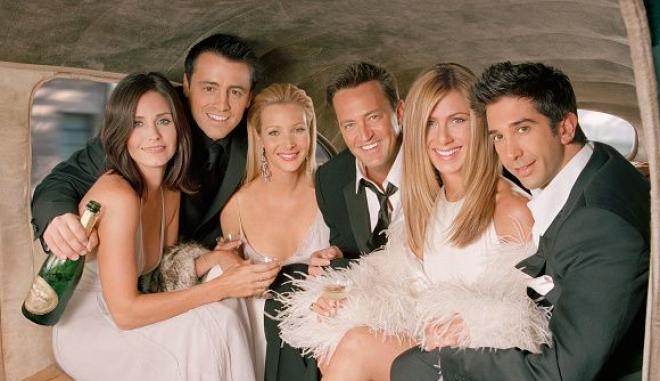 «Τα Φιλαράκια» ξανά μαζί: Οι πρώτες εικόνες από τα γυρίσματα του «Friends: The Reunion»