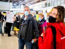 Με τρεις τρόπους θα μπαίνουν στην Ελλάδα οι επισκέπτες από τον Μάιο