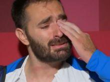 """Λύγισε στην κάμερα ο γίγαντας Ιακωβίδης: """"Συγγνώμη, αν για κάποιους το βάζω στα πόδια"""""""