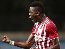 Λαμία - Ολυμπιακός 1-2: Αγχωτική πρώτη νίκη με Σισέ και Μπουχαλάκη