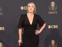 Βραβεία Emmy 2021: Τι φόρεσαν οι πιο καλοντυμένοι σταρ