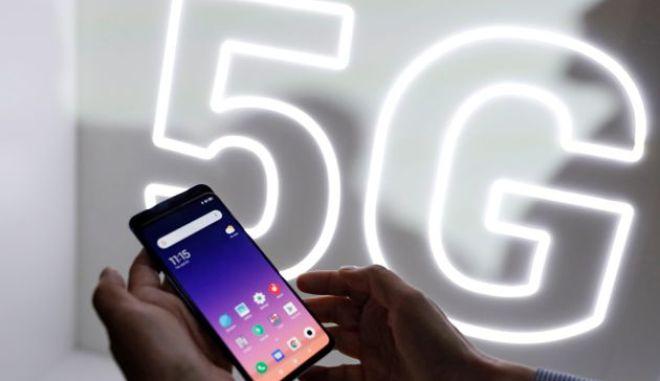 Πετάξτε όλα τα κινέζικα κινητά, λέει η Λιθουανία στους πολίτες και ζητά να μην αγοράσουν νέα. Ποιον κίνδυνο εντόπισαν οι αρχές