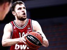 Ο Σάσα Βεζένκοβ πληρώθηκε αδρά (και) γιατί είναι ένας εκ των κορυφαίων shooting bigs της EuroLeague