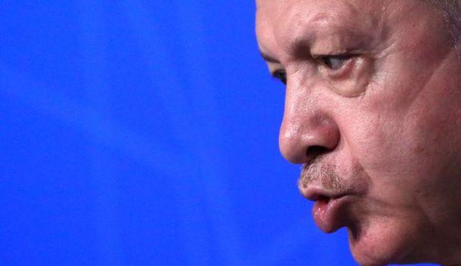 Σε ελληνικά βράχια η συντριβή της Τουρκίας;