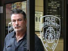 Τραγωδία στο Χόλιγουντ: Ο Αλεκ Μπάλντουιν σκότωσε οπερατέρ με κινηματογραφικό όπλο κατά τη διάρκεια γυρισμάτων